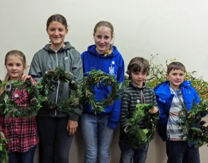 wreathmaking(small)