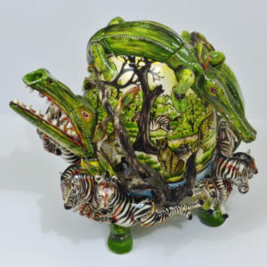 Owen Maseko (Zimbabwe). Crocodile teapot. Ceramic.