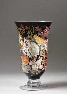 Elizabeth Gray (British). Shell vase. Decoupage on glass